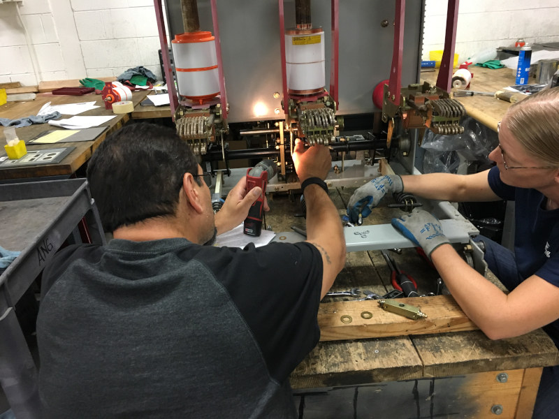 repairing circuit breakers
